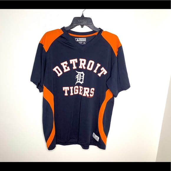 Genuine Merchandise Other - < Detroit Tigers Dry Fit Shirt >